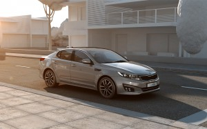 Kia Optima T-Hybrid showcar 1