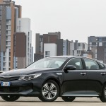 optima-phev (14) small